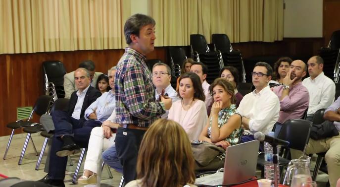 jorge_Flores_Colegio_San_Francisco_de_Paula_charlas_Familias_privacidad_prevención_nuevas_tecnologías