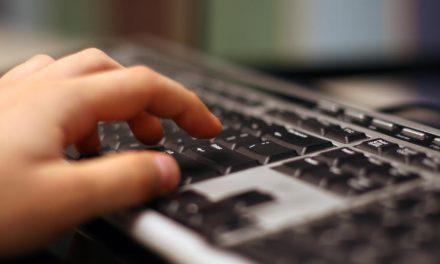 Casi la mitad de los menores recibe en Internet una propuesta sexual
