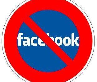 Denuncian que 'Facebook no se ajusta a las leyes' pero cuenta con la pasividad de sus usuarios