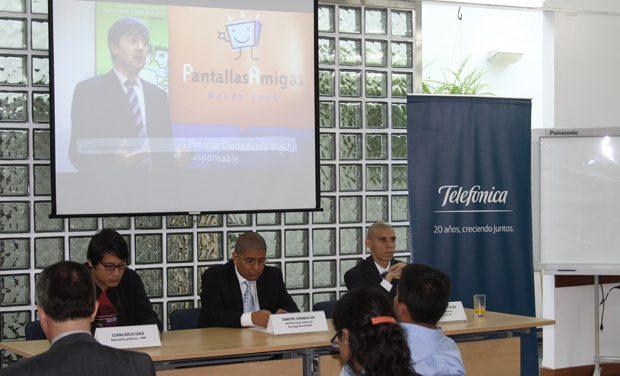 Habilidades para la vida digital en la jornada 'Conviviendo responsablemente en Internet' en Lima