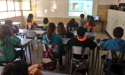 Niñas y niños de Cataluña aprenden a proteger su privacidad en la vida digital