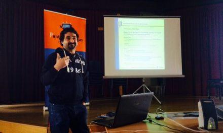 Taller sobre oportunidades y riesgos de Internet para la Escuela de Padres del Colegio El Porvenir