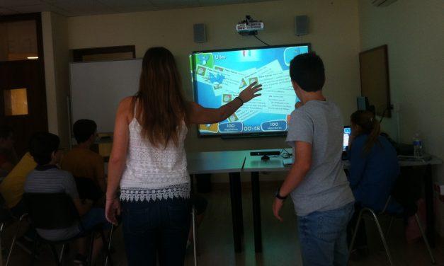 """La Universidad de Sevilla y PantallasAmigas colaboran en la evaluación del videojuego educativo """"Peter y Twitter"""""""