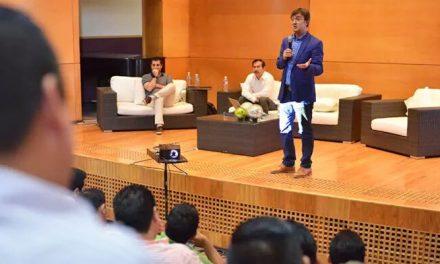 Formación a más de 200 agentes educativos sobre ciudadanía digital en Veracruz