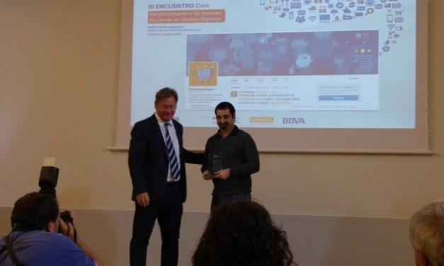 PantallasAmigas recibe el premio Deia al Community Manager más destacado