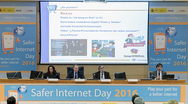 Safer_Internet_Day_Día_de_la_Internet_segura_PantallasAmigas_Jorge_Flores_plano