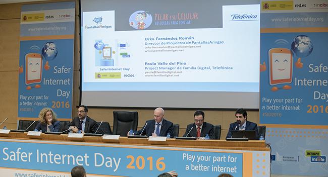 Safer_Internet_Day_Día_de_la_Internet_segura_PantallasAmigas_y_su_celular