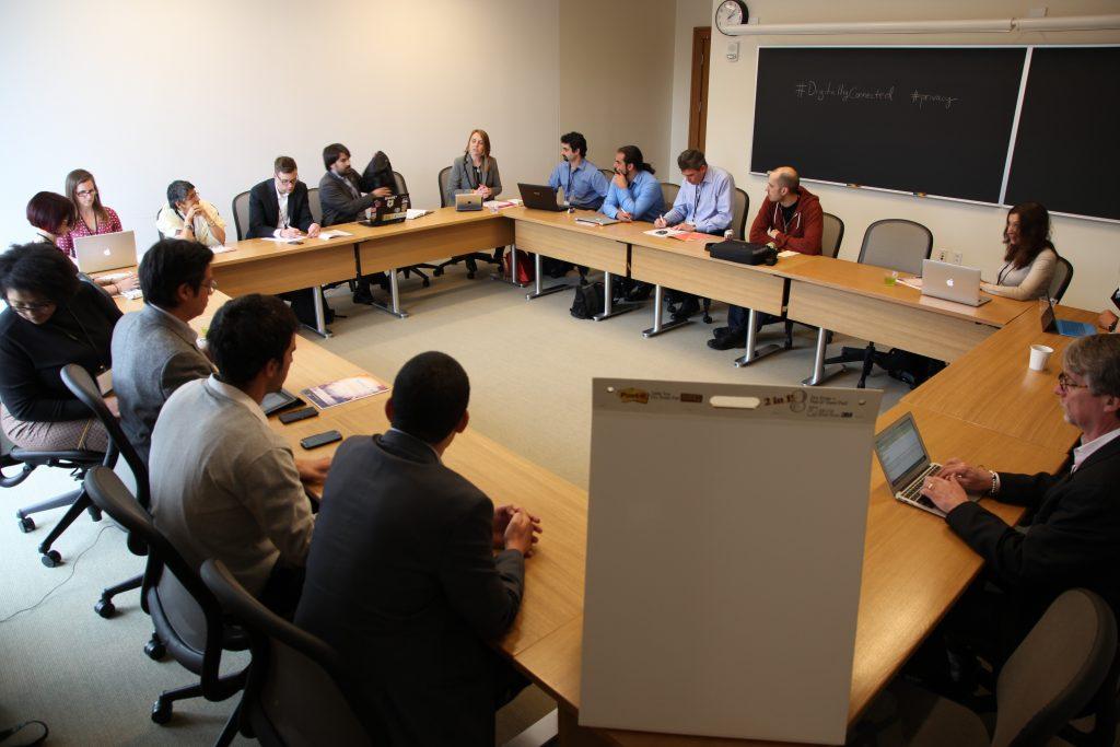 PantallasAmigas modera el debate sobre privacidad e identidad digital del evento Digitally Connected organizado por la Universidad de Harvard y UNICEF