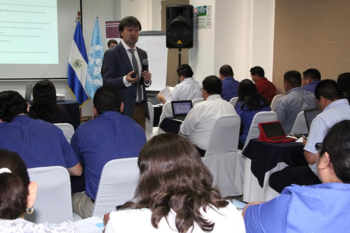 Formacion a cargo del Director de PantallasAmigas, Jorge Flores Fernández