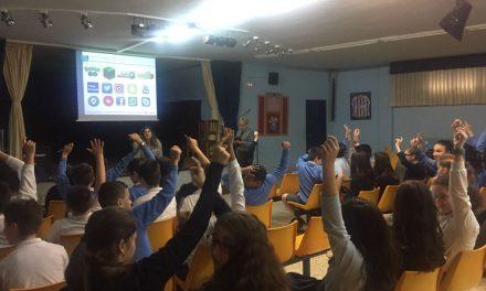 El Ayuntamiento de Bilbao forma a 2.300 escolares en el uso seguro y saludable de Internet, las redes sociales y la telefonía móvil