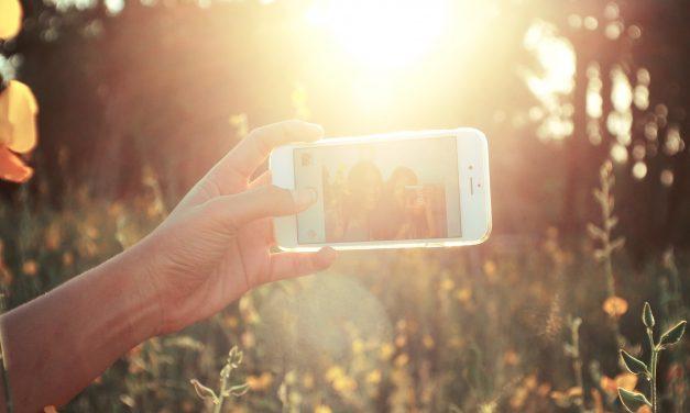 Del narcisismo al `selficidio´, ¿arriesgarías tu vida por un selfie?