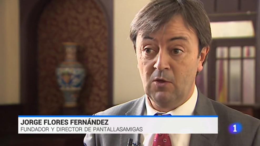 El director de PantallasAmigas, Jorge Flores en su intervención para el Telediario de TVE.