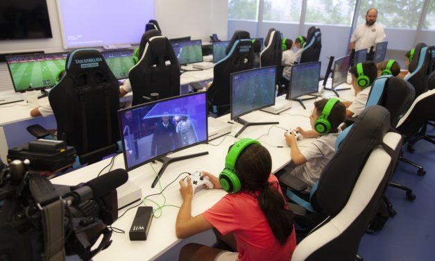 Día del gamer. Celebramos una participación creciente de las mujeres en videojuegos y promovemos compartirlos en familia