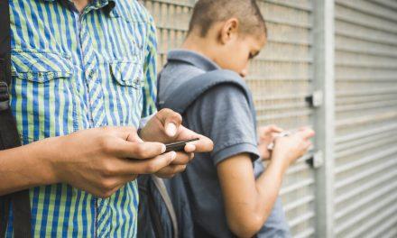 Educación y diálogo en el hogar para lograr un uso reflexivo de los adolescentes en Internet