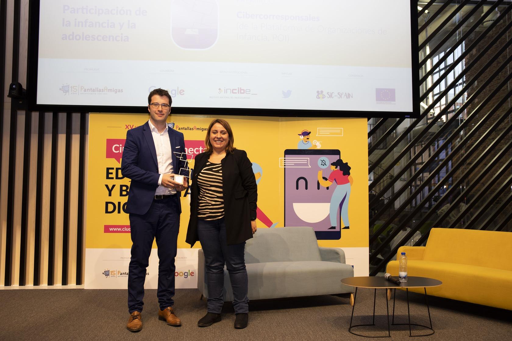 Premio-PantallasAmigas-Participacion-de-la-infancia-y-la-adolescencia-Cibercorresponsales-Ricardo-Ibarra