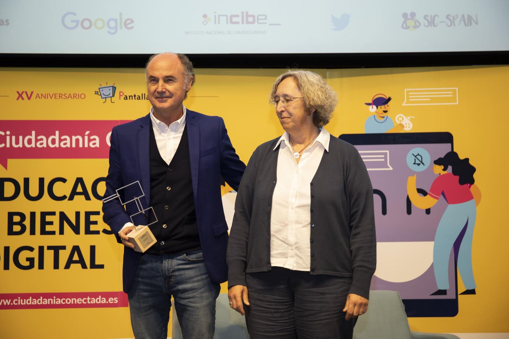 /Premio-PantallasAmigas-Trayectoria-profesional-Jose-Antonio-Luengo-Latorre