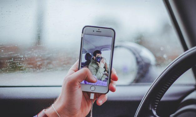 El peligro de los selfies: «Arriesgar la salud por obtener una mayor popularidad no sale a cuenta»