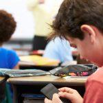 Prohibición del uso del móvil por el alumnado en los centros educativos