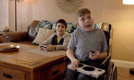 Xbox Adaptive Controller mando destinado a mejorar la accesibilidad en videojuegos