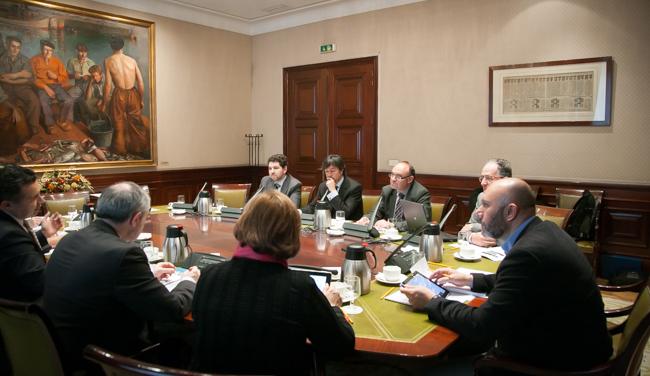PantallasAmigas-Congreso-de-los-Diputados-redes-sociales-mesa